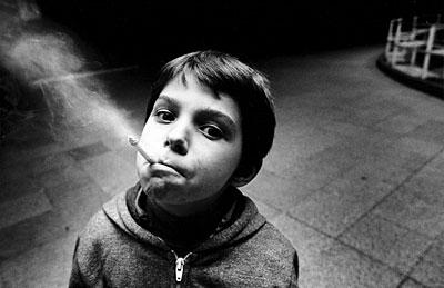 Een slechte dag voor 10-jarige rokertjes